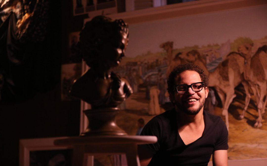 ضيف نادي الفنون: أحمد صابر فنان السيريالية والميتافيزيقا المصرية
